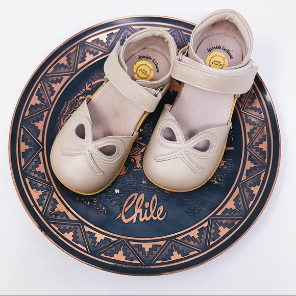 Livie & Luca Other - LIVIE AND LUCA GIRL'S LIMITED EDT BOW PETAL  SHOES